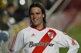 Fernando CAVENAGHI - Striker